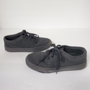 WONDER NATION black lace up canvas sneakers 3Y
